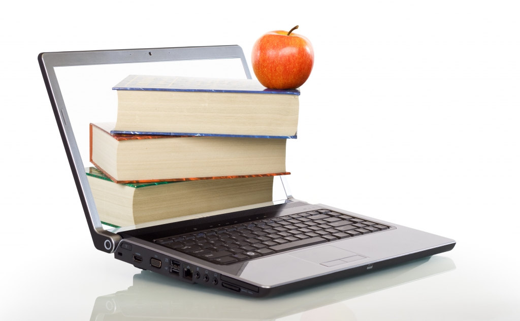 Studying online is a great way to gain a qualification. Check out these study tips!